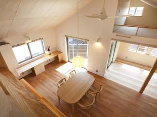 Wohnzimmer von 光風舎1級建築士事務所