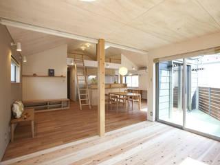 Nursery/kid's room by 光風舎1級建築士事務所