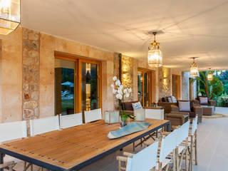 Balcones y terrazas de estilo  por felip polar