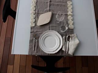 Un'apparecchiata tra il classico e il moderno:  in stile  di Odue Modena - Concept Store