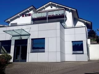 Modern Houses by Füglistaller Architekten AG Modern