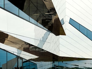 REFLECTIVE MONOLITH by ALUCOBOND - 3A Composites GmbH Modern