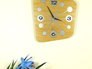 Wooden Atomica Clock:   by Hi! TIME