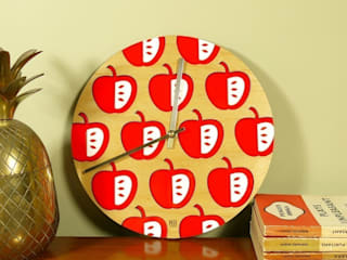 Red Vilda Clock:   by Hi! TIME