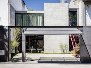 ARKITITO Casas de estilo industrial
