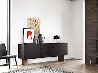 Sideboard meets Artwork Pablo & Paul Klassische Wohnzimmer