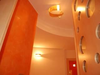 Salas modernas de Studio di Urbanistica ed Architettura Moderno