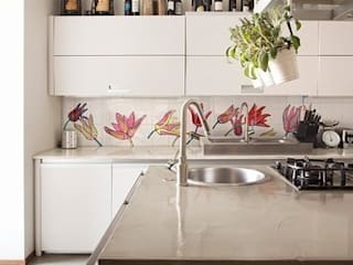 Tuli-pop 1 de The London Tile and Mosaic Company Moderno