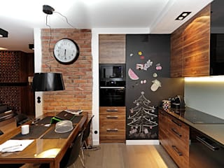 Mieszkanie w męskim wydaniu Nowoczesna kuchnia od RED design Nowoczesny
