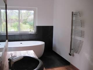SALLE DE BAIN Salle de bain moderne par cecile Aubert architecte dplg Moderne