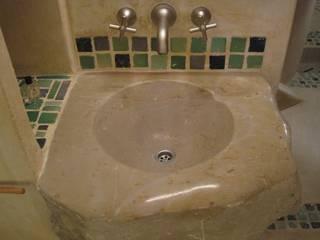 CHAMBRES D HOTES D EXCEPTION EN PAYS VAROIS Salle de bain originale par cecile Aubert architecte dplg Éclectique