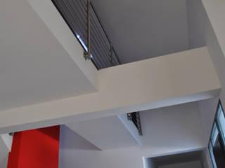 VILLA OSTIA ANTICA - ROMA: Ingresso & Corridoio in stile  di ANDREA ROSSETTI architetto