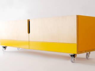 Rack 1981:   por Guif design,