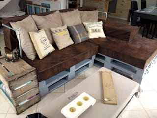 2nd Chance Créations Living roomSofas & armchairs