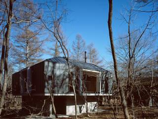 Minimalist house by 森吉直剛アトリエ/MORIYOSHI NAOTAKE ATELIER ARCHITECTS Minimalist