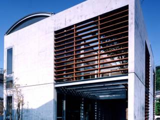 Casas de estilo minimalista de 土居建築工房 Minimalista