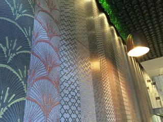 NANDO'S WOKING UK : Negozi & Locali commerciali in stile  di nerosicilia