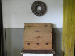 Gortebak met klep en lades:   door Were Home, Rustiek & Brocante