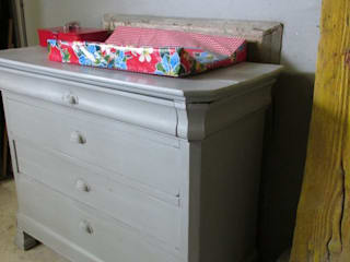 Brocante (baby) commode, antiek en Frans:   door Were Home, Rustiek & Brocante