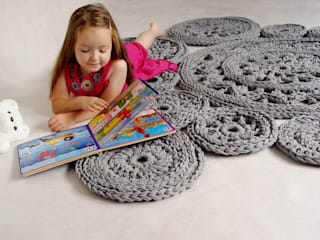 Ręcznie wykonany, dziergany, szydełkowany dywan model LILLE od RENATA NEKRASZ art & design Skandynawski