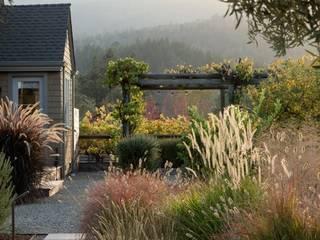 Aussenanlage im Kanton Schwyz Klassischer Garten von Ecologic City Garden - Paul Marie Creation Klassisch