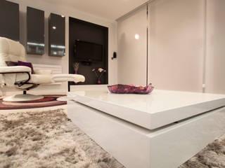 Modern dining room by Estatiba construcción, decoración y reformas en Ibiza y Valencia Modern