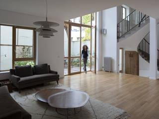 MAISON Z Salon moderne par Atelier architecture située Moderne