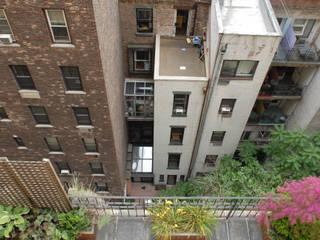 Modern balcony, veranda & terrace by dziurdziaprojekt Modern