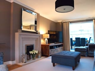 Modern Classic Sitting Room:   by Sarah Gordon Home