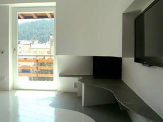duplex in montagna Soggiorno moderno di studioelt Moderno