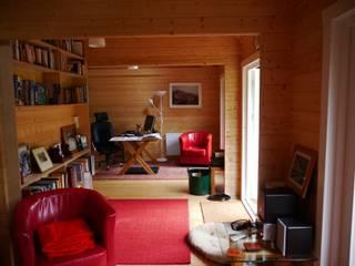 Garden Cabin Scandinavian style gardens by Garden Affairs Ltd Scandinavian