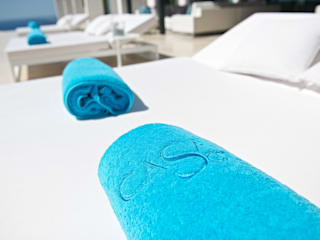Bespoke Pool Towels:  Pool by Heirlooms Ltd