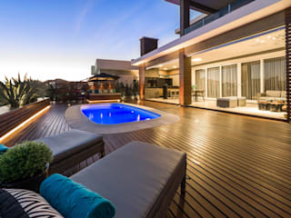Plena Madeiras Nobres Moderne Pools
