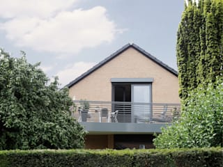 Balkon nachher 1:   von AGNES MORGUET Innenarchitektur & Design