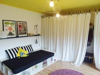 NaNovo Industrial style bedroom