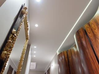 Classic style corridor, hallway and stairs by GEDUEV ARCH BUREAU Classic