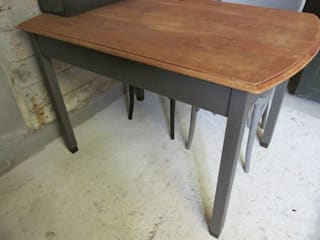 Oude tafel als eettafel of bureau, Antraciet:   door Were Home, Rustiek & Brocante