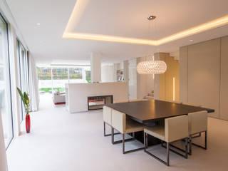Ruang Makan Modern Oleh Moser Architects Modern