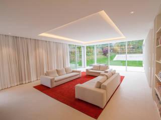 Ruang Keluarga Modern Oleh Moser Architects Modern