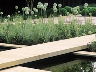 Ecologic City Garden - Paul Marie Creation의  정원
