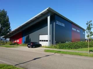 Neubau Gewerbehalle:  Häuser von Freier Architekt Herbert FRANZ