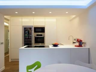 Modern kitchen by blackStones Modern