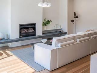Flatweaves ~ Chevron installed in Melbourne, Australia:  Living room by Cavalcanti
