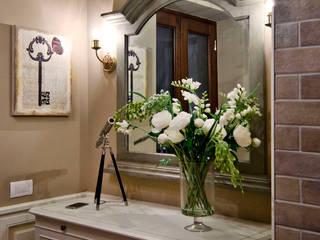 La provenza Italiana - Design degli interni della Villa a Rapallo Ingresso, Corridoio & Scale in stile mediterraneo di NG-STUDIO Interior Design Mediterraneo