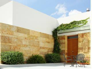 Casa Conserva Ingresso, Corridoio & Scale in stile minimalista di Arch. Gianpiero Conserva Minimalista