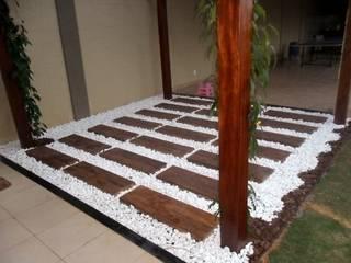 Jardines de estilo  por DECOR PEDRAS PISOS E REVESTIMENTOS, Rústico