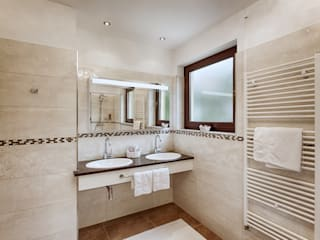 Classic style bathroom by Beck Architekten Classic