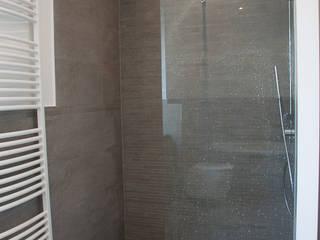 'Sanierung Villa Obergeschoss' #Stuttgart Moderne Badezimmer von Beck Architekten Modern