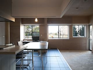 modern Dining room by kurosawa kawara-ten