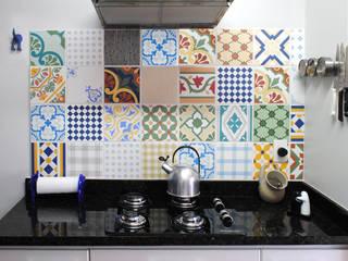 Cocinas modernas: Ideas, imágenes y decoración de Red Studio Moderno